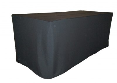 Boxed tablecloth or fitted tablecloth